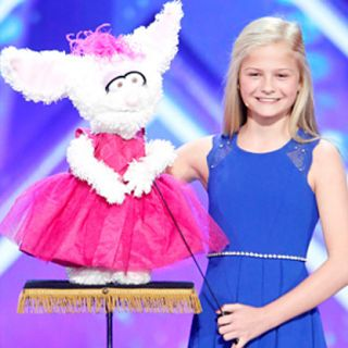 What Does The Golden Buzzer Mean On America's Got Talent? This article explains what the Golden Buzzer means on America's Got Talent! TheGolden Buzzerwas introduced during the show's 9th Season. Each judge may press it once during eachseason. It gives judges the opportunity to send a contestant through to the live semi-finals. Darci Lynne Farmer was the most recent contestant to receive Golden Buzzer treatment. She's a talented 12-year-old ventriloquist that used a singing bunny to advance…