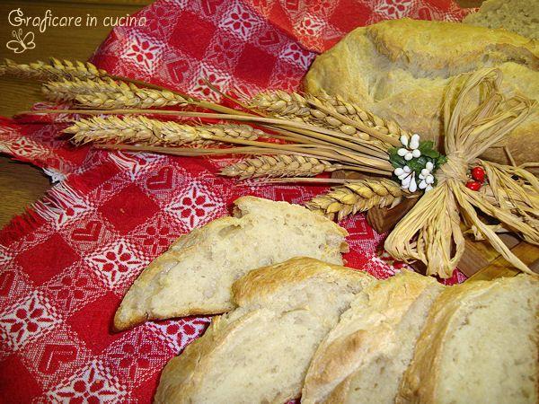 Ricetta pane fatto in casa  http://blog.giallozafferano.it/graficareincucina/ricetta-pane-fatto-in-casa/
