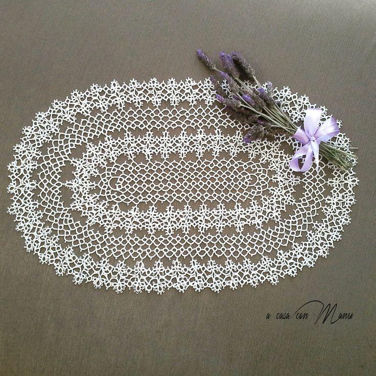 Centro ovale a chiacchierino in filo di cotone bianco, idea regalo, made in Italy, handmade di Acasaconmanu su Etsy