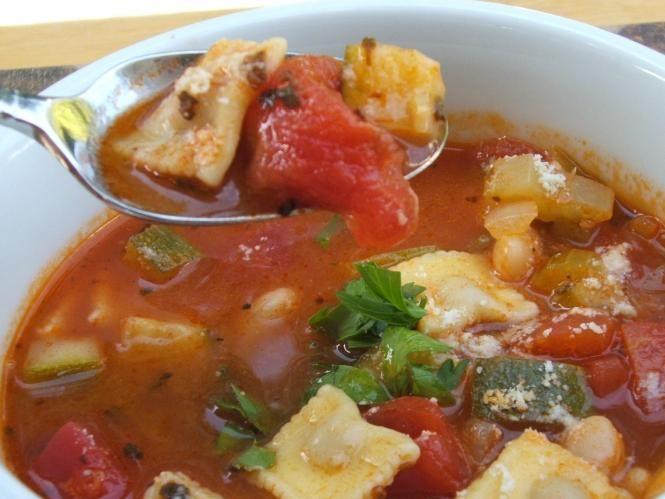 Amazing Ravioli  Soup: use hamburger or gr. chicken and fresh or frozen tortellini