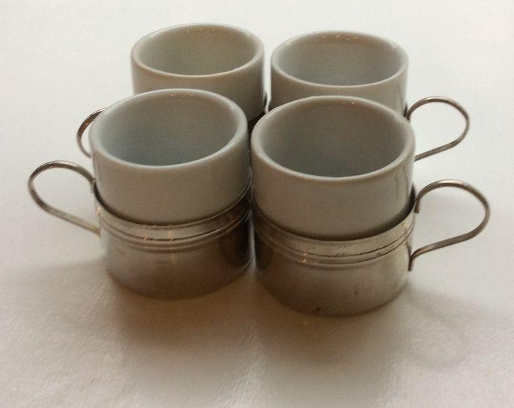 keraamiset glögilasit irroitettavalla metallipidikkeellä, korkeus 5.5cm