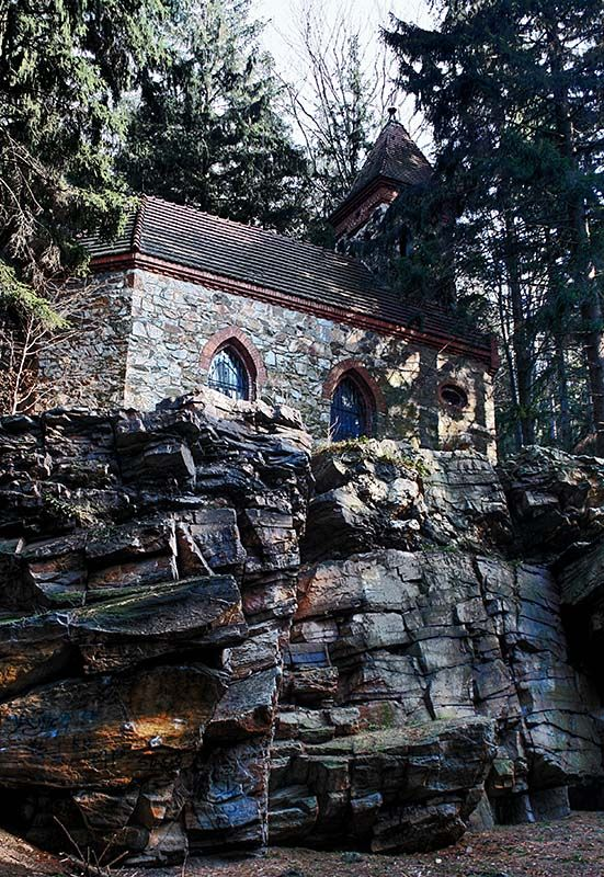 Saint Anne Chapel on de hanging rocks, built in neogothic style in 1908, near Glucholazy, Opolskie_ West Poland