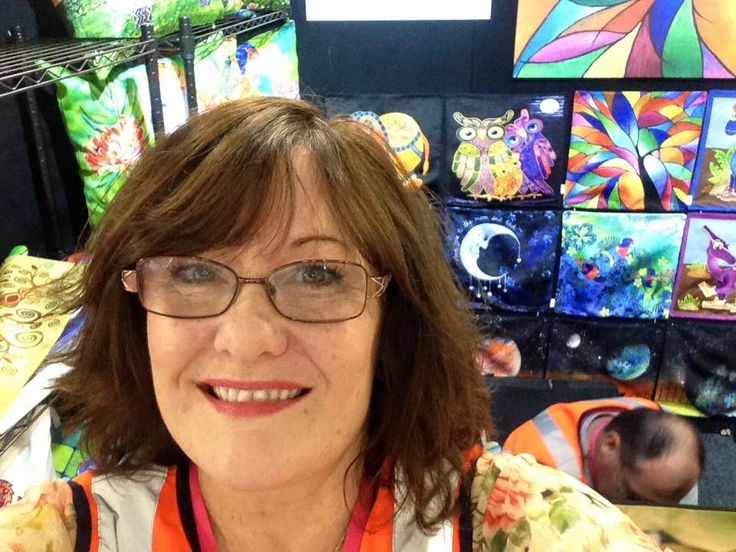 Artist Lisa Frances Judd 'bumping in' for the 2016 Better Homes and Gardens Live at Sydney Showgrounds. QuirkyHappy.com