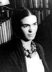 Línea de tiempo sobre la vida de Frida Kahlo en WheninTime