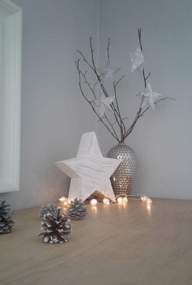 weihnachtsdeko in wei grau und silber weihnachtszeit. Black Bedroom Furniture Sets. Home Design Ideas