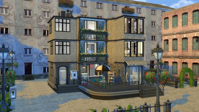 Apartment with coffee shop
