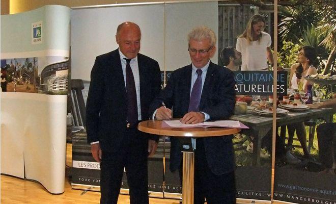 """La coopération entre le Conseil régional et Agrisud: """"une grande fierté"""" pour Alain Rousset et Robert Lion"""