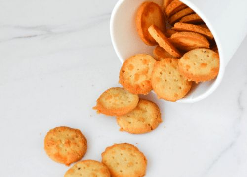 Mini Cheddar Crackers - Low Carb Cracker and Chip Recipe Round-Up | Peace Love and Low Carb