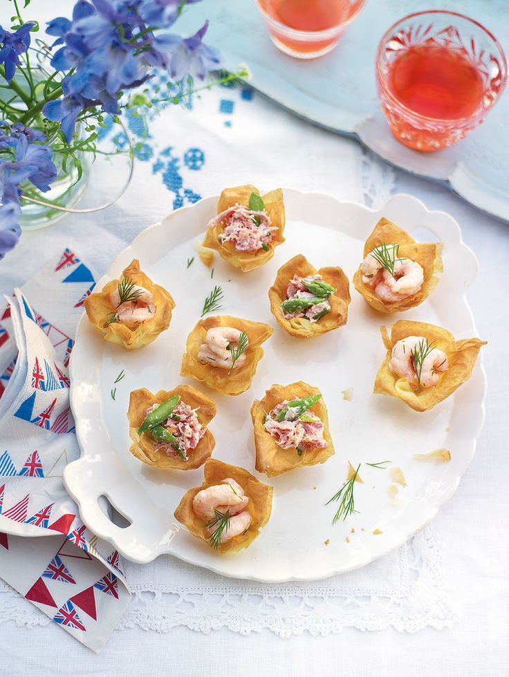Fill homemade filo pastry baskets with a prawn cocktail or ham and asparagus filling then serve to guests – a perfect summer party canapés.