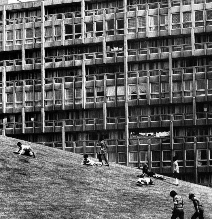 Robin Hood Gardens, Poplar, London 1967-72