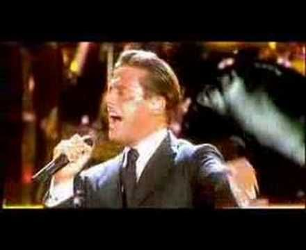 "Luis Miguel.......sorry I love Alex.....""You need to move on!"
