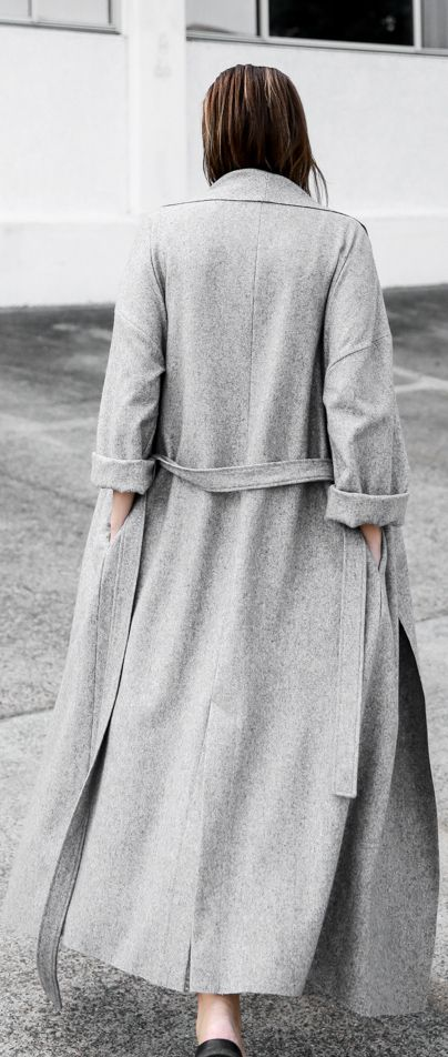 How To Wear A Long Coat: Kaitlyn Ham is wearing an ash grey Modern maxi coat