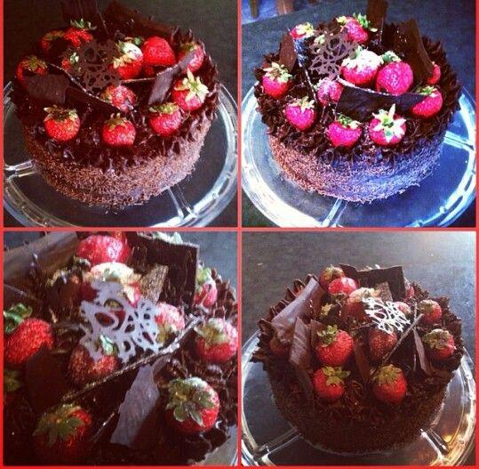 Chocolate & Strawberries cake