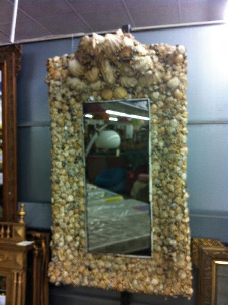 cr ation d 39 un miroir encadrement coquillages marins style art deco pi ce unique pour une. Black Bedroom Furniture Sets. Home Design Ideas