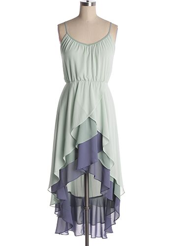 Sail away in this beautiful flowing hi-lo chiffon dress with elastic waist and adjustable shoulder straps. Silk-blended. 60% silk, 40% polyester Not stretchy Lined Hand wash cold; hang dry Indie, Retro, Party, Vintage, Plus Size, Convertible, Cocktail Dresses in Canada NEW: Tahitian Waves Dress -