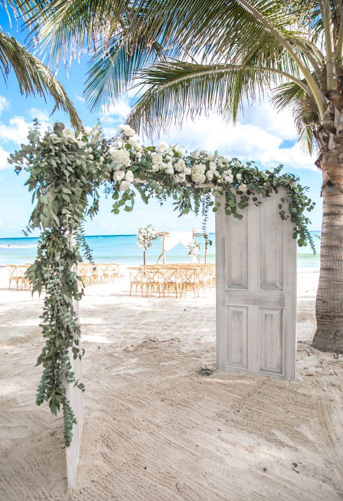 Einzigartiger und köstlich herrlicher Strandhochzeitsdekor. FOLGEN SIE UNS für das beste …   – 'Wedding Ideas & Wedding Tips'