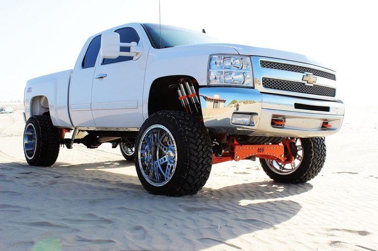 Lifted Silverado 2500 2014