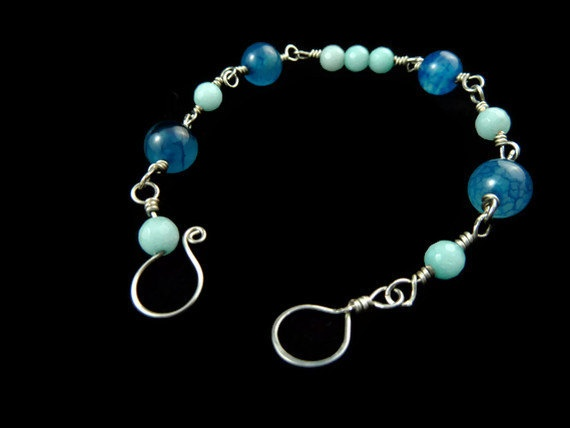 Blue Bracelet  Dragon Veins Agate and Aquamarine by Arthlin, $22.00: Veins Agate, Aquamarine Polished, Blue Bracelets