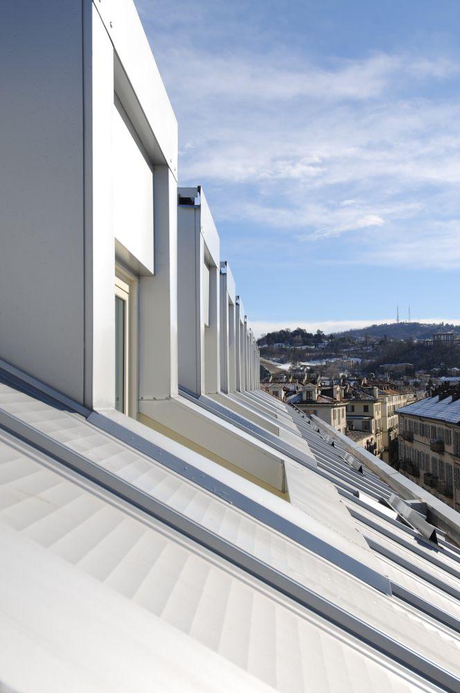 Abbaini del nuovo tetto del collegio universitario Einaudi, sezione Po.  Progetto di ristrutturazione di Luca Moretto