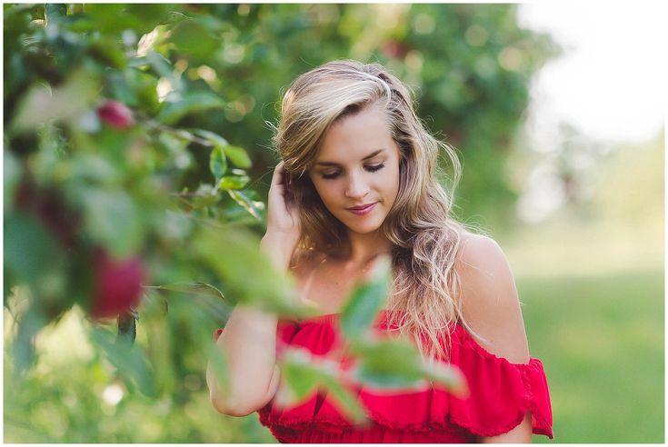 Apple Orchard senior session! Senior photo inspiration
