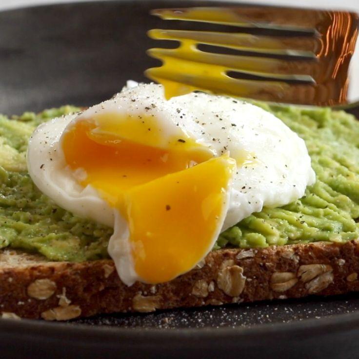 Ovo escalfado simples e torradas de abacate   – Breakfast & Brunch Recipes
