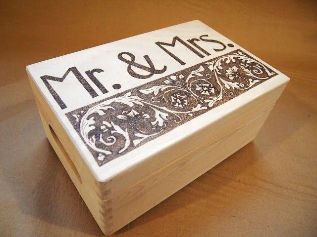 Skrzynka Mr.&Mrs. szkatuła na ślub lub rocznicę. Mr.&Mrs chest. Box for wedding or universary.