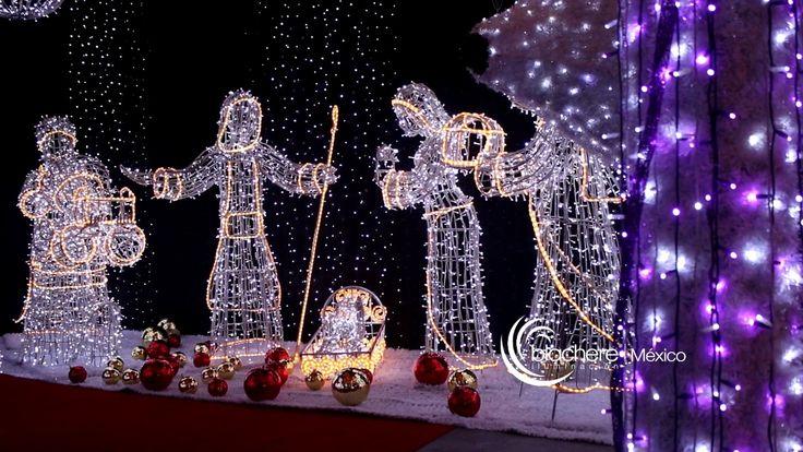 Figuras gigantes de navidad figuras navidad centros for Adornos navidenos luminosos para exteriores