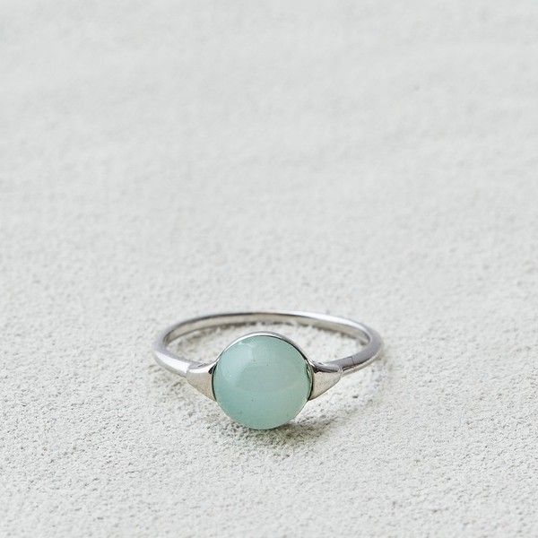 AEO Mint Stone Ring ($3.50) ❤ liked on Polyvore featuring jewelry, rings, silver, stone jewellery, mint jewelry, stone rings, american eagle outfitters and stone jewelry