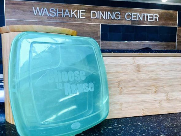 Want delicious meals on-the-go? Try Washakie's Swipe, Fill, & Go program! Swipe your WyoOne card, load up your Reusable Meal Container (RMC), then go! Check out our website for more details about this ultra convenient meal program.  #uwyo #uwyodining #Laramie #Wyoming #college #university #to #go #meals #Washakie #Dining #Center