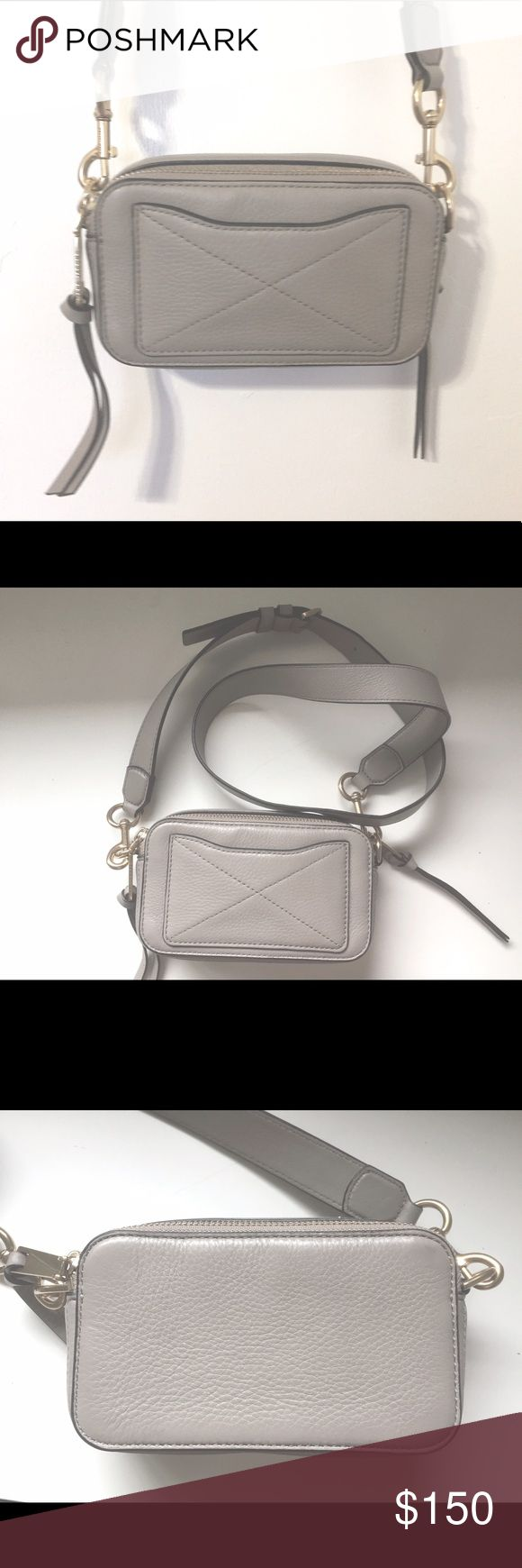 Marc jacobs crossbody purse Used several times🌸 still in great condition ❤️ 100% authentic Marc jacobs purse 👌 Marc Jacobs Bags Crossbody Bags