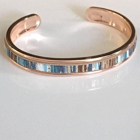 Bracelet jonc en laiton de couleur OR ROSE avec insertion de