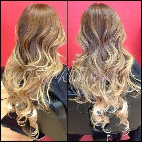 This is what I want my hair to be wish I new someone that could do it for me. blonde ombre balayage summer hair color with extensions