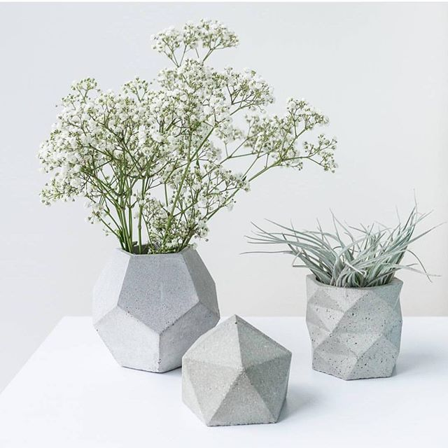 Fresh geometric shapes for a gloomy Tuesday here in Perth! #minimalism #design #interior #polished #natural #buylocal #nordicinspiration #australianmade #australia #perth #handmade #style #urbangardening #concretelove #3dprint #3dprinting #todayslovely  #gardening #homewares #concrete #scandistyle #concretedesign  #geometric #natural #startup #castconcrete #perthcreatives #concreteplanter #concretelove  by @thecontentcreative