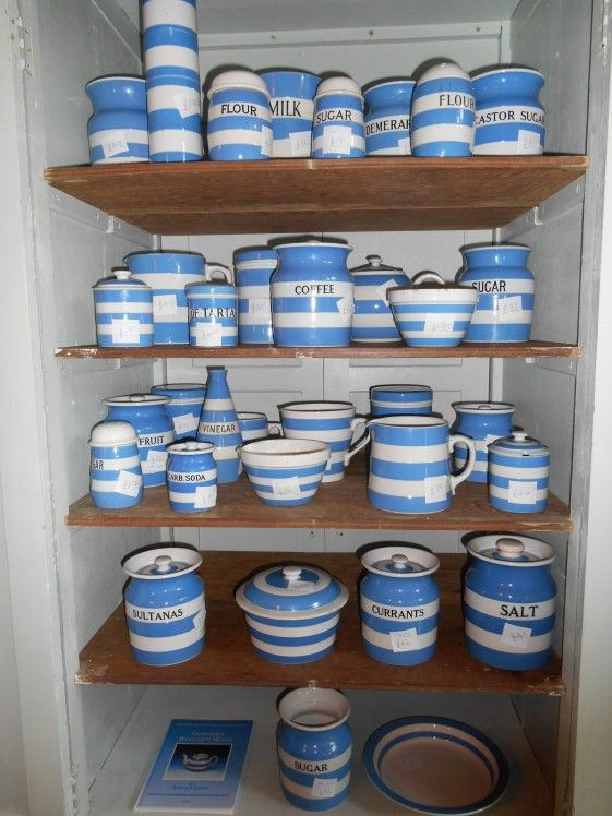 Cornishware for Sale in an Auction house