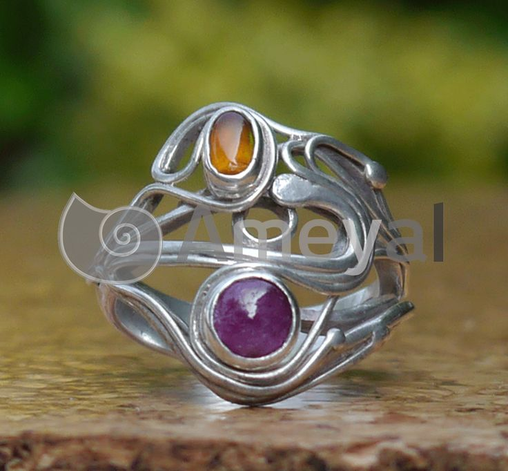 Quimera - Silver ring with Granate from India and Ruby fron Myanamr