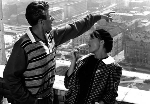 """Scene from Stanisław Bareja's """"His Wife Husband"""", 1960. Photo: The National Film Archive"""
