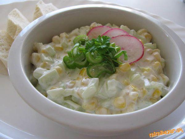 Uhorkovo-kukuricový šalát