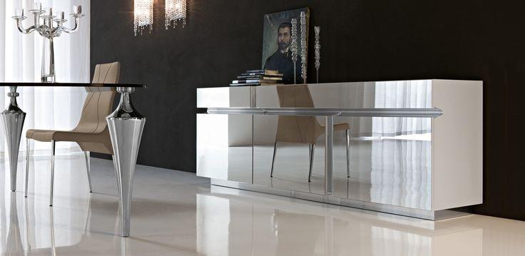 Prisma příborník se zrcadlovým povrchem / sideboard with mirror surface