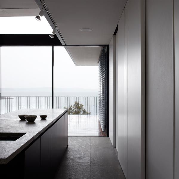 Tobias Partners - Whale Beach House