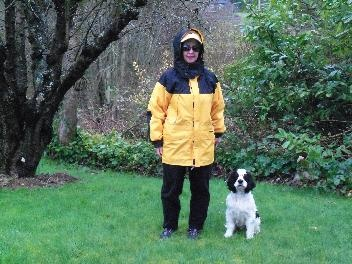 Hey @KING 5 - spotted a Yellow Jacket and loyal furry friend.
