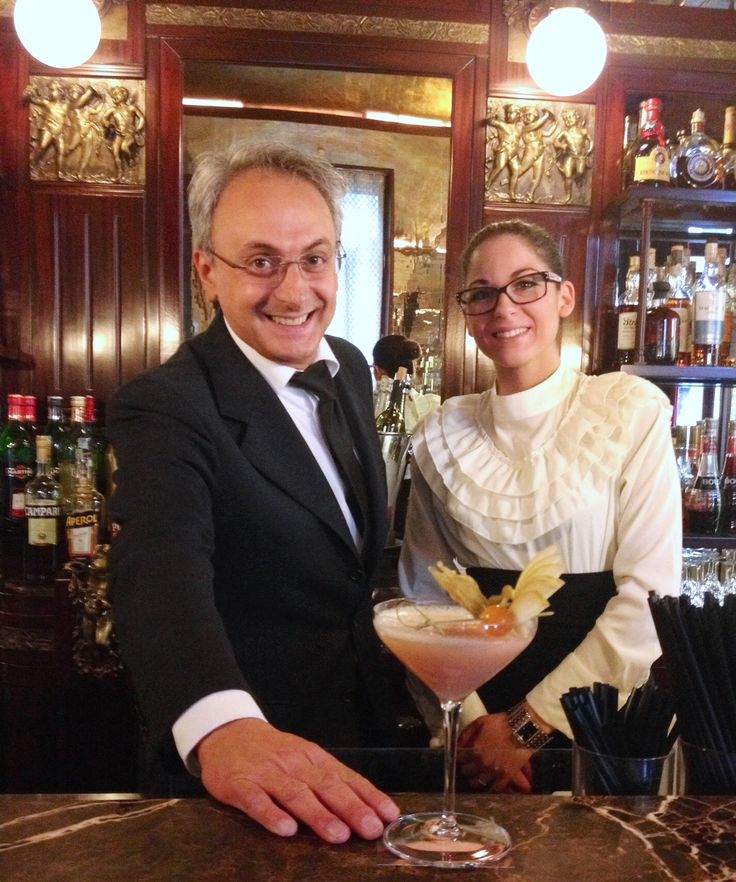 Leone & Angelina proudly present the Bellini Love for your Aperitivo at our Bellini Bar!