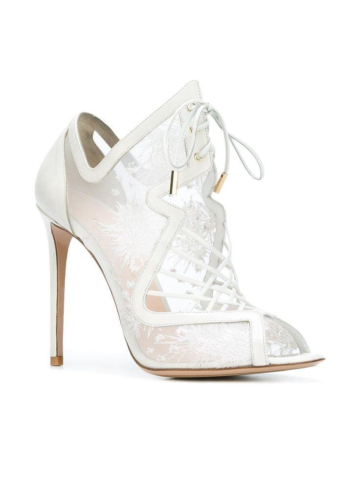 https://www.farfetch.com/lu/shopping/women/nicholas-kirkwood-85mm-phoenix-ava-sandals-item-11563686.aspx?storeid=9997