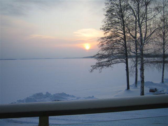 Beautiful winter evening in Lake Finland. #Finland # harmony #winter
