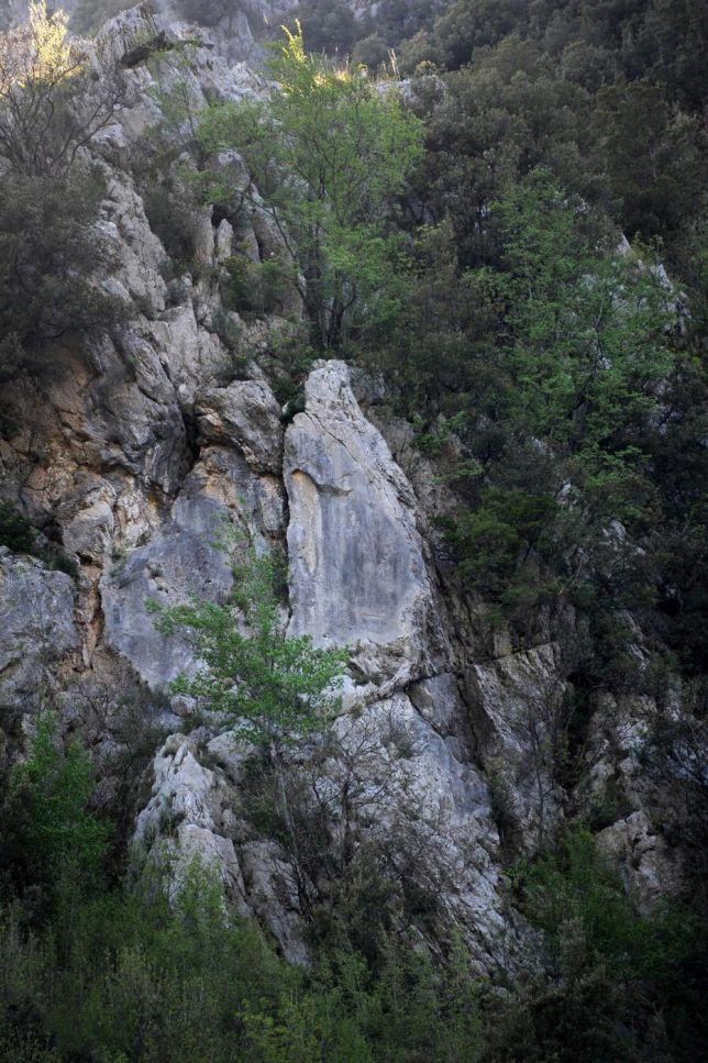 Nella roccia c'e' la Madonna-boom di pellegrinaggi a Casaletto Spartano nel CIlento