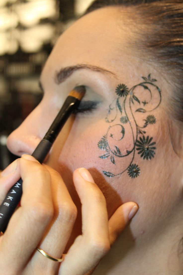 Body Tattoo from Make Up Store. www.makeupstorespain.es