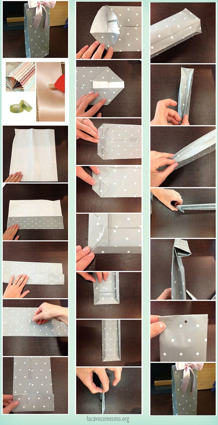 Faça uma sacola para presentes personalizada usando papel para embrulho e uma laço de fita.