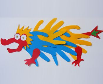 Handprint Dragon -Repinned by Totetude.com