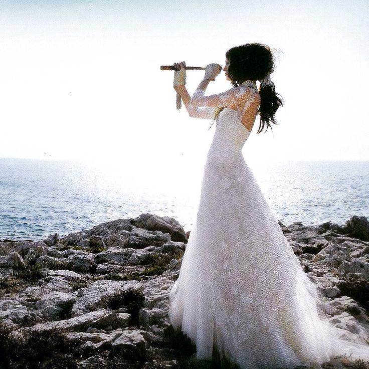 MILANO FASHION WEEK Follow us & contact  2016 Domo Adami #bridalcouturemadeinitaly  PARIS - DUBAI - TOKYO - NEWYORK #expottimisti  #bridalcouturemadeinitaly  @mauroadamidomo  #weddingspecialist  #wabesabewedding http://www.domoadami.com/preregistrazione-collezione2016.php