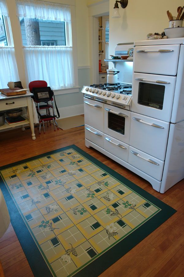 Reproduction Linoleum Rug Floorcloth Three Oaks Guest
