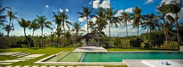 Beautiful Villa for your luxury stay in Bali - Paradise Property GroupParadise Property Group [HRCGU006] #paradisepropertygroup #villarental #villaforrent #villabali #balirealestate #baliproperty #indonesiarealestate #baliluxuryvilla #beachfrontvilla #holidayvillabali #holidayvillarental
